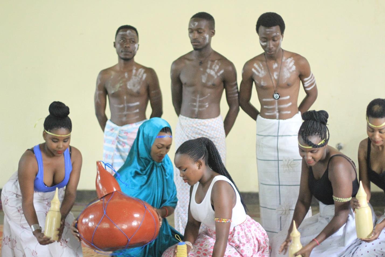Rubavu Polytechnic College & Friends of Ruanda e.V.  – Achievement Party (Fashion Show Teil II – English)